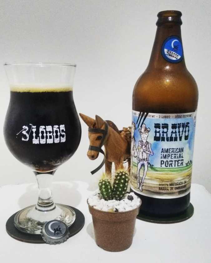 Cerveja Bravo - American Imperial Porter da Cervejaria Três Lobos